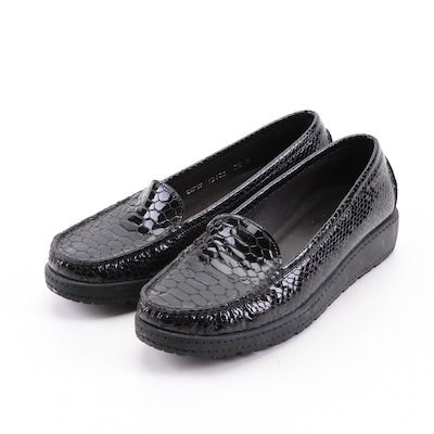 Stuard Weitzman Black Embossed Snakeskin Patent Leather Loafers