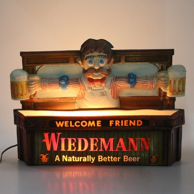 "Wiedemann Brewery ""Welcome Friend"" Illuminated Sign, 1970s Vintage"