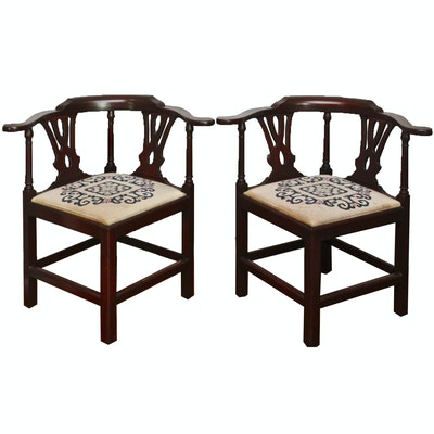 Pair of English Chippendale Mahogany Corner Chairs