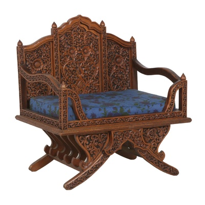 Jacobean Style Floral Carved Wooden Settee, Early to Mid 20th Century