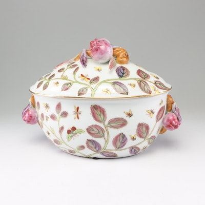 Chinese Hand-Painted Covered Jardiniere with Pomegranates