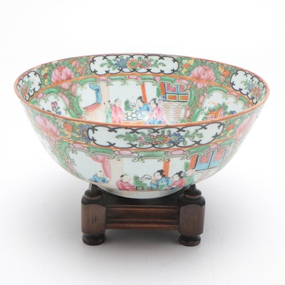 Chinese Rose Medallion Ceramic Centerpiece Bowl with Wooden Stand