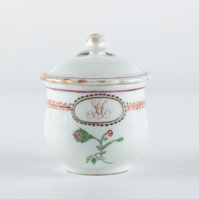 Chinese Export Porcelain Pot Au Creme, 1790-1810