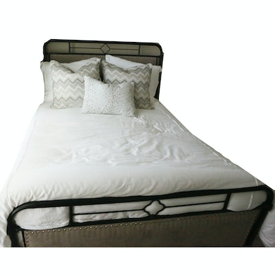 Full Size Bedding Including Comforter and Throw Pillows