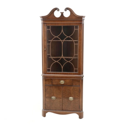 Federal Style Mahogany Corner Cabinet, Mid-20th Century