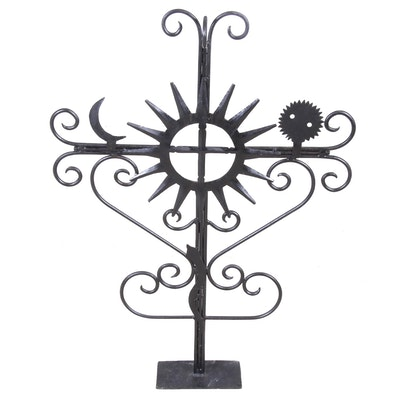 Free Standing Metal Garden Art, Contemporary