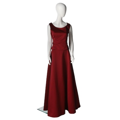VIE by Victoria Royal Carmine Red Satin Sleeveless Two-Piece Formal Gown