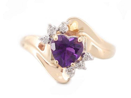 Fashion, Collectibles, Fine Jewelry & More