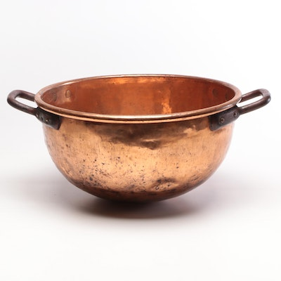 Large Dovetailed Copper Bowl with Iron Handles, 19th Century