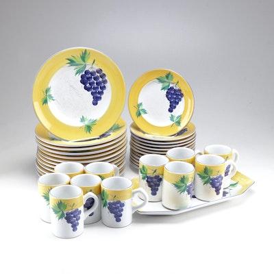 """Herend Village """"Village Vineyard"""" Dinnerware Collection, Late 20th Century"""