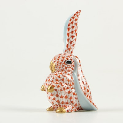 """Herend Rust Fishnet with Gold """"Rabbit with One Ear Up"""" Porcelain Figurine, 1930s"""