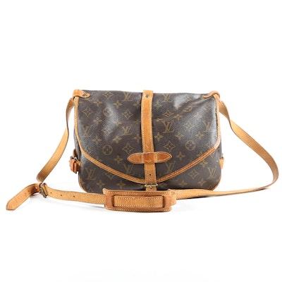 Louis Vuitton Paris Saumur 30 Messenger Bag in Monogram Canvas and Leather