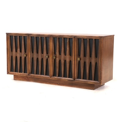 Mid Century Modern Walnut Credenza by Youngs, Norwood, North Carolina