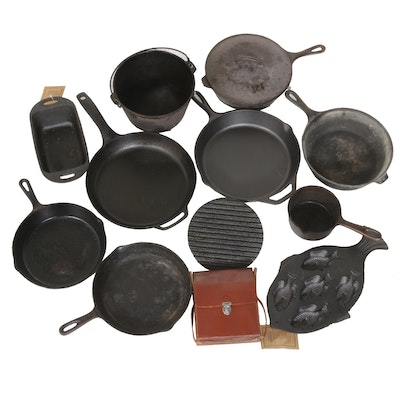 Cast Iron Cookware Collection