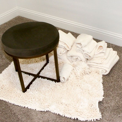 Upholstered Vanity Stool with Bathroom Accessories
