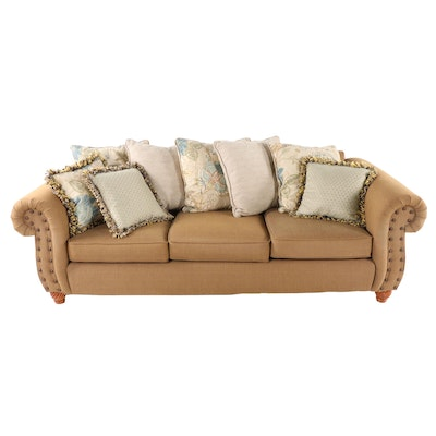 Pleasant Contemporary Brown Leather Sectional Sofa With Nailhead Trim Squirreltailoven Fun Painted Chair Ideas Images Squirreltailovenorg