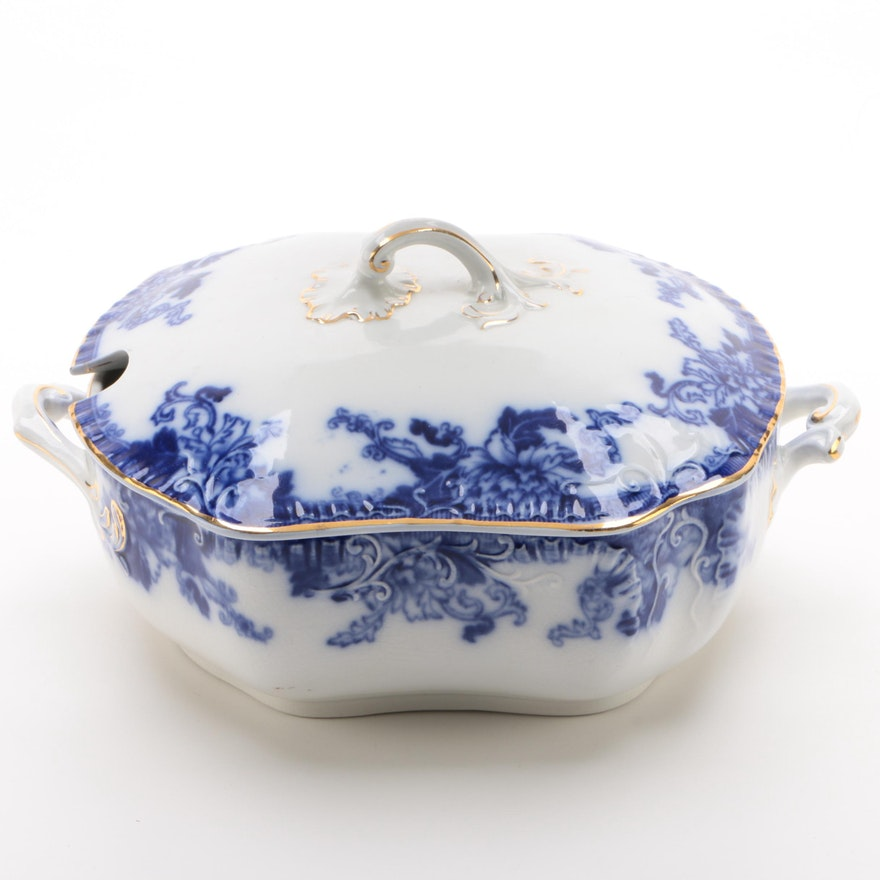 Thomas Hughes & Son Flow Blue Semi-Porcelain Soup Tureen, 1895-1910