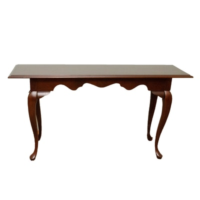 Queen Anne Style Mahogany-Stained Wood Console Table