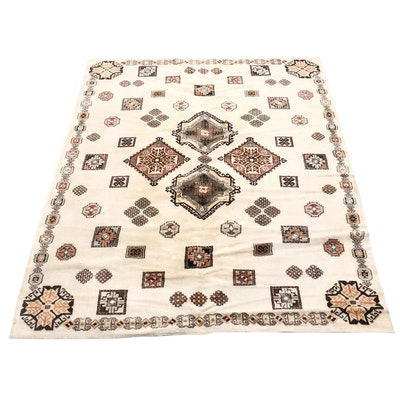 "Machine Made Schiras ""Adoros"" Wool Area Rug"