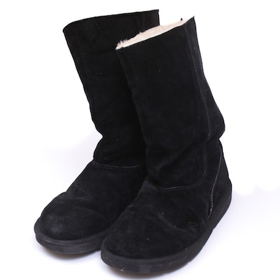 UGG Australia Black Suede and Sheepskin Shearling Lined Zip Boots