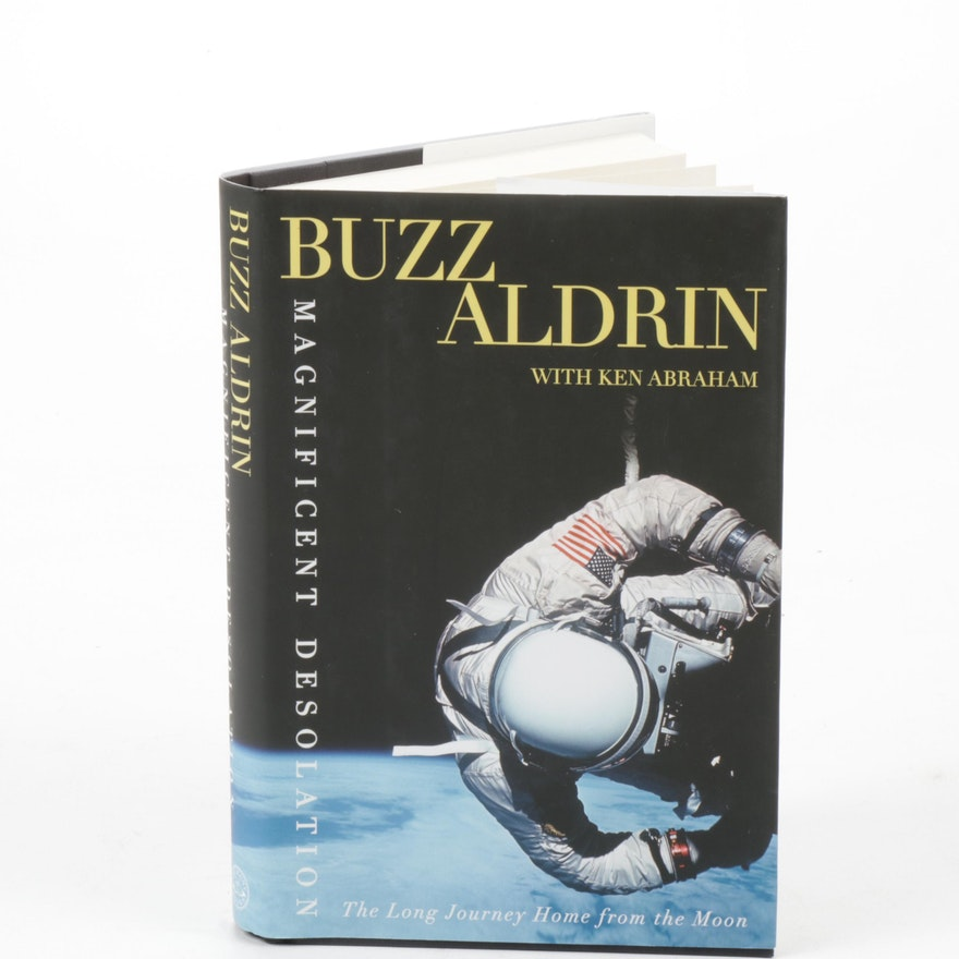 "Buzz Aldrin Signed ""Magnificent Desolation"" Memoir Book First Edition"