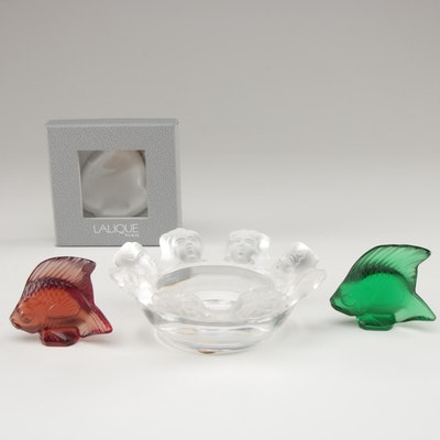 "Lalique ""Saint Nicholas"" Ashtray with Red and Emerald Green ""Poisson"" Figurines"