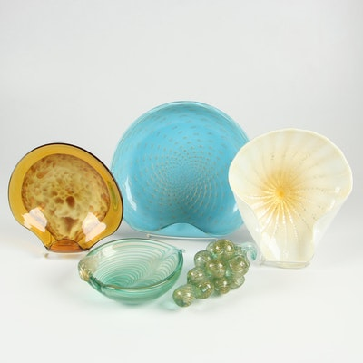 Italian Art Glass Bowls and Glass Grape Table Decor