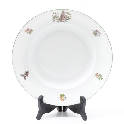 "Herend ""Chasse Têtes"" Porcelain Soup Bowl with Stand"