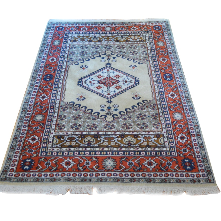 Hand Knotted Turkish Persian Style Wool Area Rug