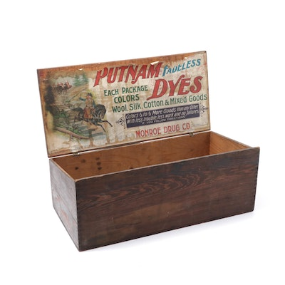 Putnam Dyes Wooden Advertising Box