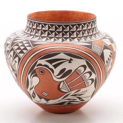 Miranda Leno Acoma Pueblo Pottery Vase