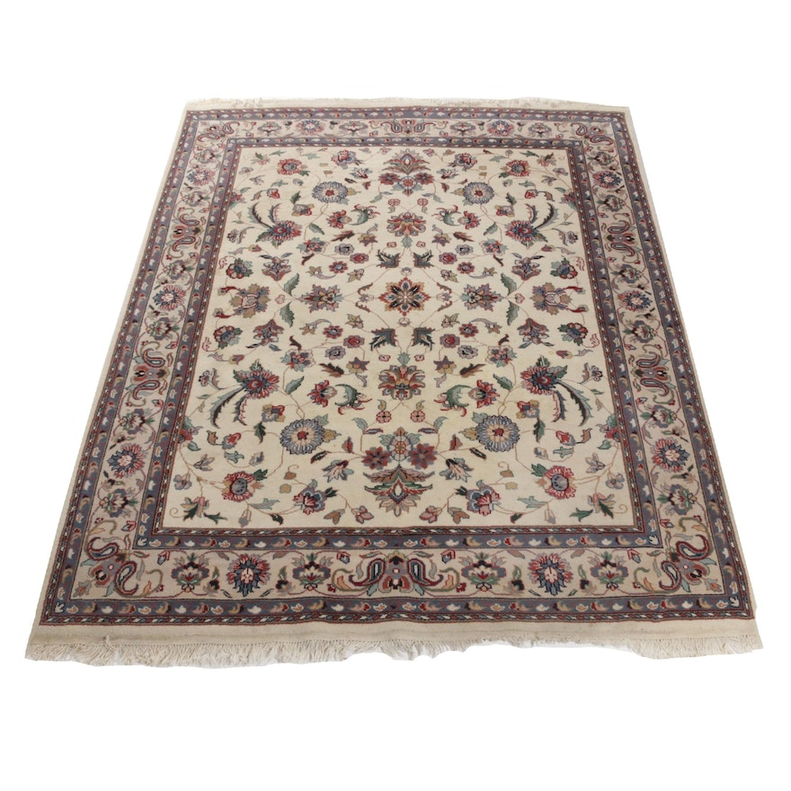Hand-Knotted Persian Serapi Rug