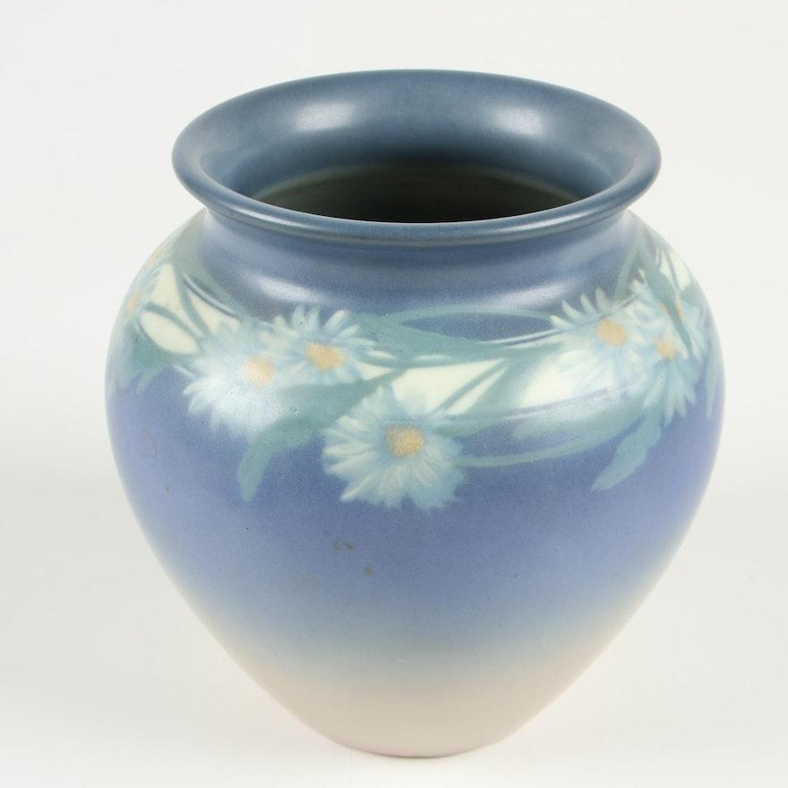 E. T. Hurley Rookwood Pottery Vellum Glaze Vase with Daisy Motif, 1927