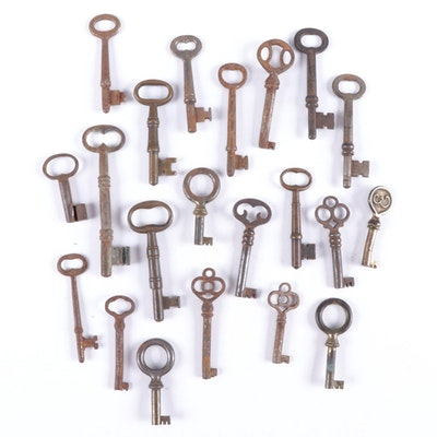 Antique Metal and Brass Skeleton Keys