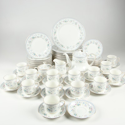 "Paragon ""Florabella"" Porcelain Dinnerware, Mid to Late 20th Century"