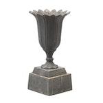 Neoclassical Tulip Form Cast Iron Jardinière Planter, 20th Century