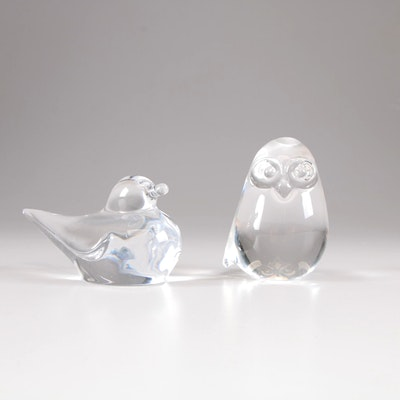 Stueben and Daum Crystal Bird Paperweights, Mid to Late 20th Century