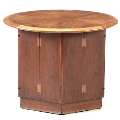"Mid Century Modern Lane ""Acclaim"" Walnut Round End Table, Mid-20th Century"
