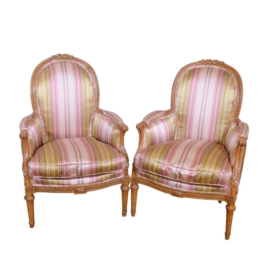 Pair of Louis XVI Style Upholstered Carved Beech Bergère, Late 19th/20th Century