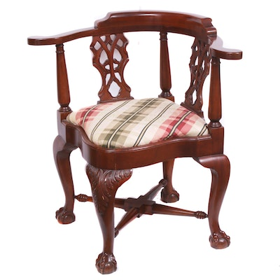 Chippendale-Style Mahogany-Finished Corner Chair, Late 20th Century