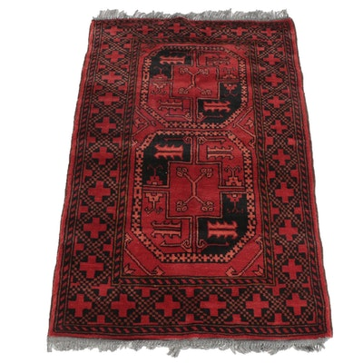 2'8 x 4'4 Hand-Knotted Persian Shiraz Wool Rug