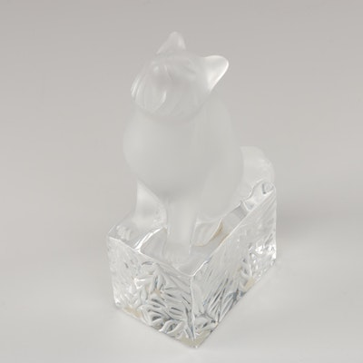 Lalique Crystal Cat Paperweight