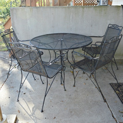 Outdoor Patio Wire Mesh Dining Table and Chairs