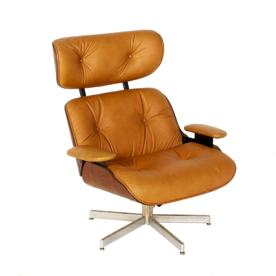 Mid Century Modern Lounge Chair in the Style of Eames for Herman Miller