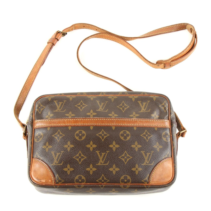Louis Vuitton Trocadero 27 Crossbody Bag in Monogram Canvas and Leather