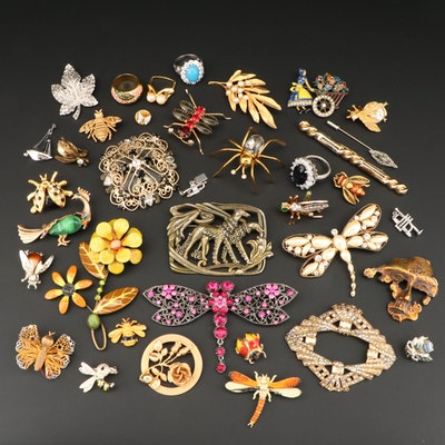 Assortment of Vintage Insect and Floral Themed Brooches, Rings and Pins