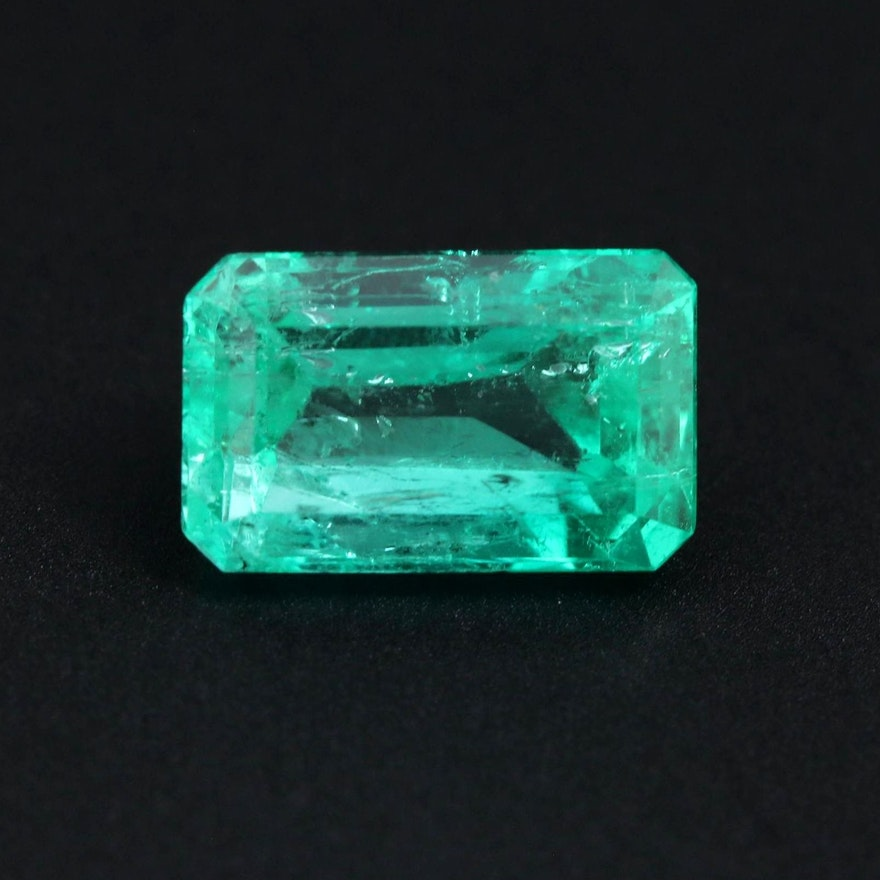 Loose 4.40 CT Colombian Emerald with GIA Report