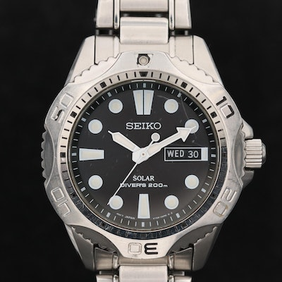 Seiko Solar Divers 200M Day/Date Wristwatch