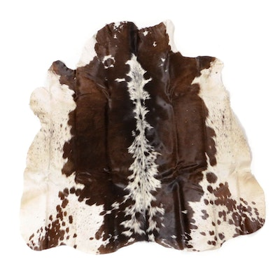 3'5 x 3'5 Cowhide Accent Rug