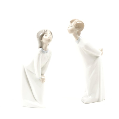 "Lladró ""Boy and Girl Kissing"" Porcelain Figurines by Fulgencio Garcia, 1974"